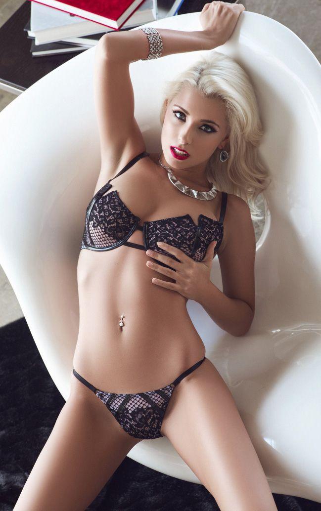 Alissa Arden | Damer | Pinterest | Lenceria femenina, Anatomía ...