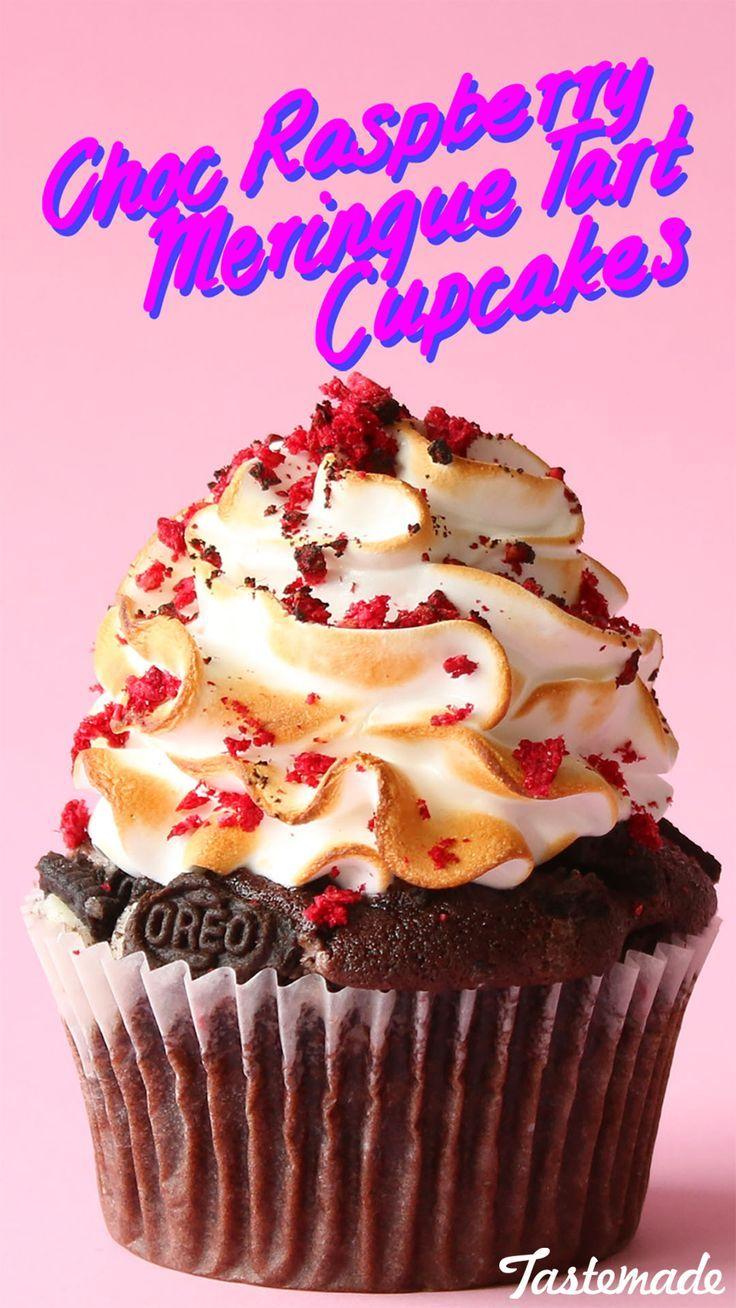 Raspberry Meringue Tart Cupcakes #freezedriedraspberries