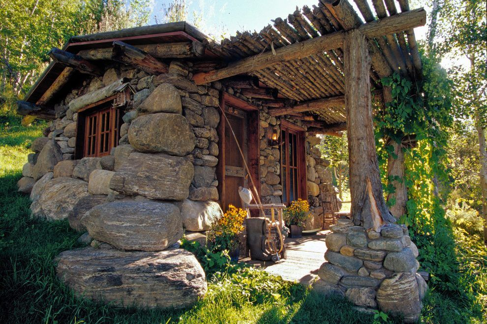 Pin By Diego Corleone On Hobbit Hole Stone Cabin Cottage Exterior Stone Cottages