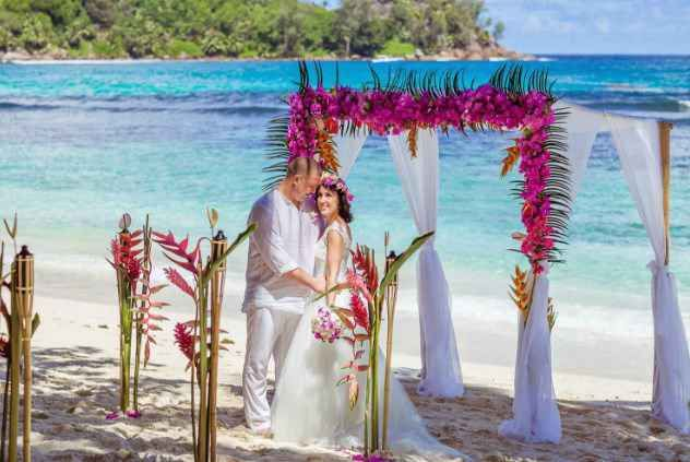Beach Wedding Of Mahe Island Et Thailand Package From Intropics Destination Weddings