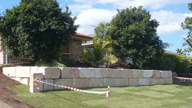 Sandstone Retaining Wall Builders Gold Coast Brisbane Garden Retaining Wall Sandstone Wall Retaining Wall