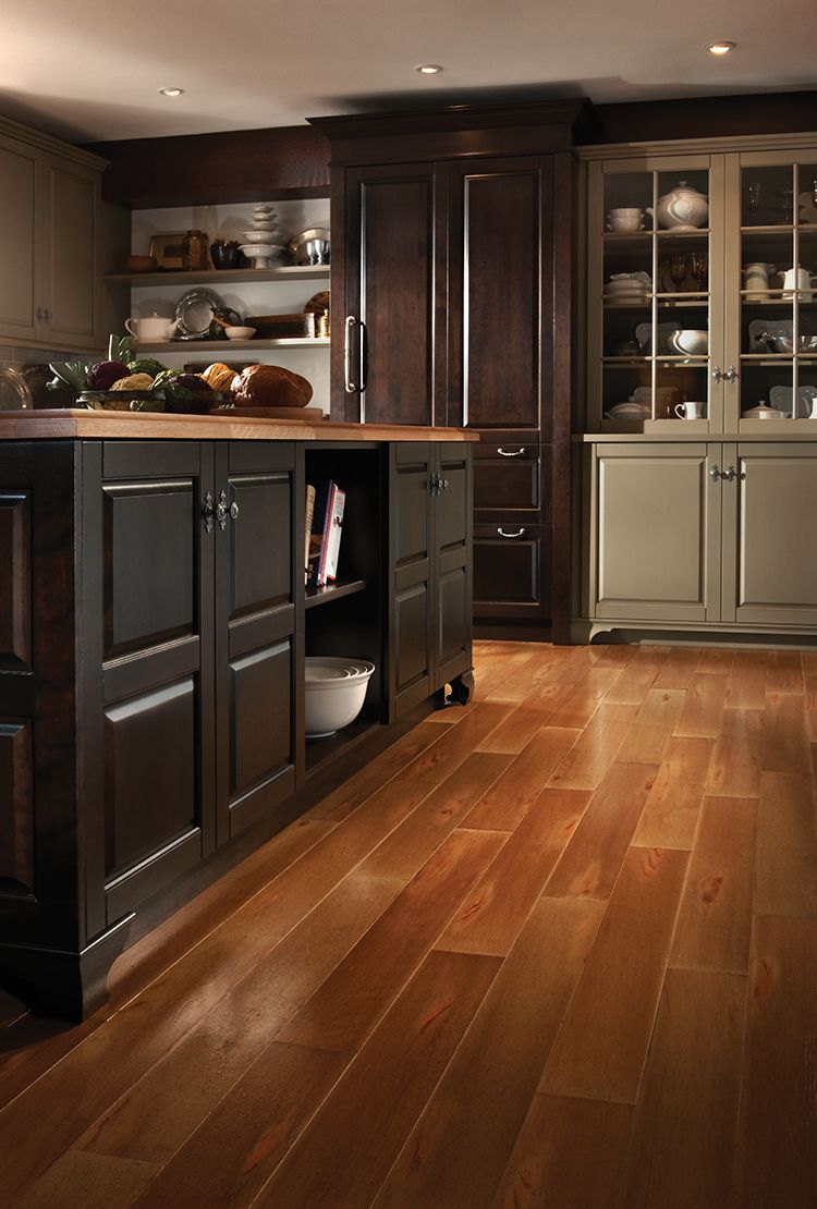 Traditional Stonehill Kitchen By Woodmode Shown In Complementary Java And Heirloom Green Kitchen Cabinet Door Styles Kitchen Design Espresso Kitchen Cabinets