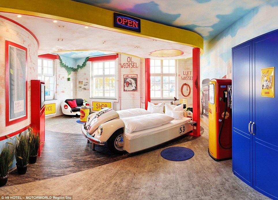 V8 Car Themed Hotel In Germany Where You Can Fall Asleep