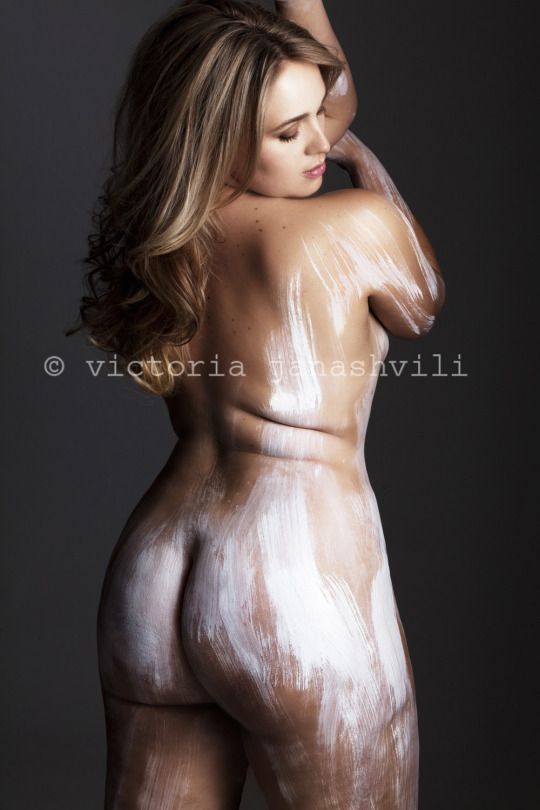 Curves Art Photography Book