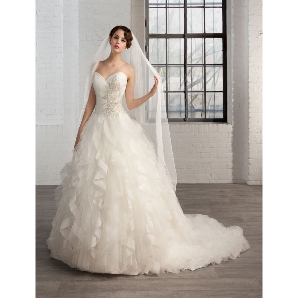 Magasin de robe de mariee 26