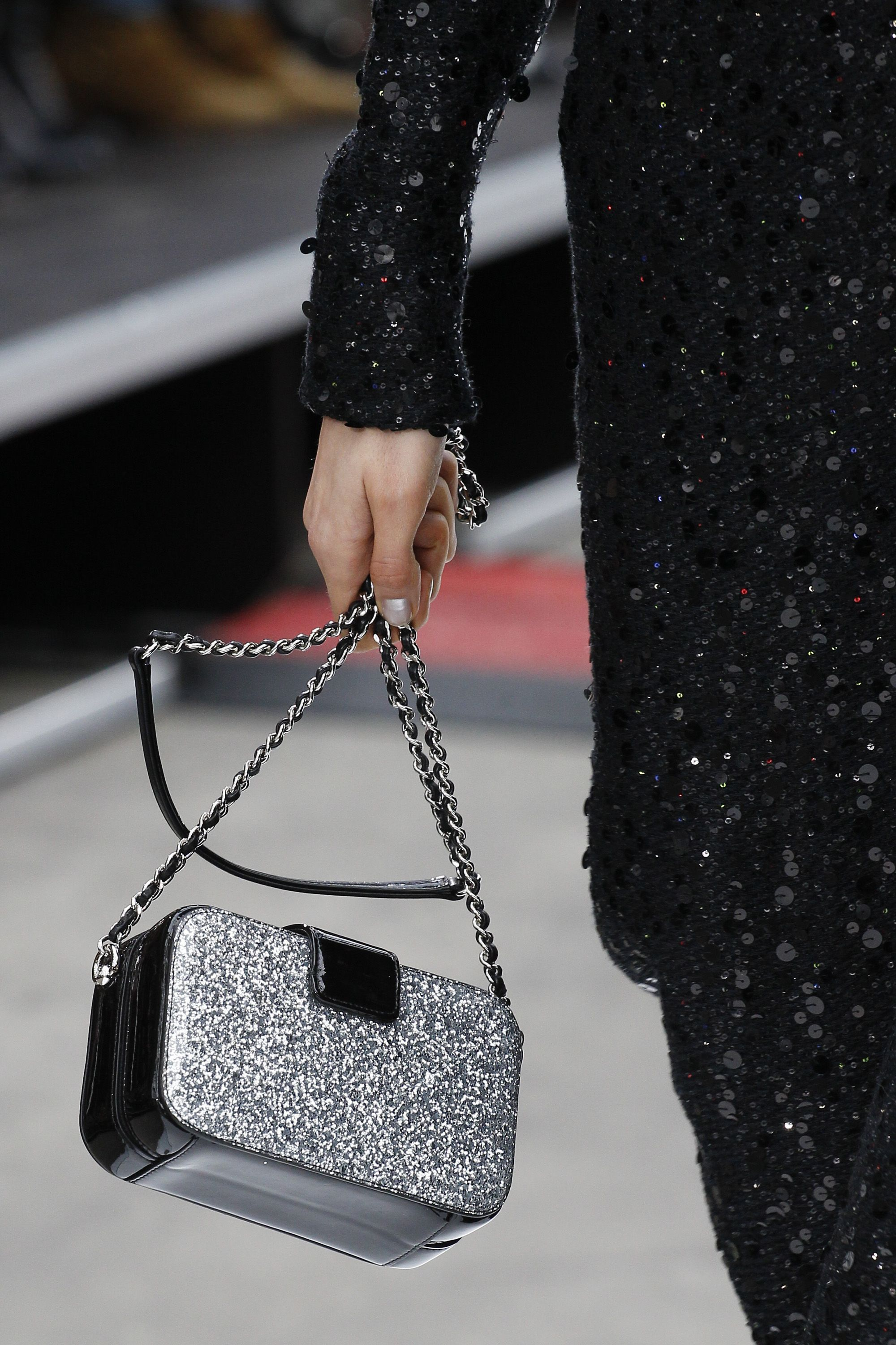 Fashion Trends Vogue S Ultimate Bag Guide Autumn Winter 2017 By 08 Mar