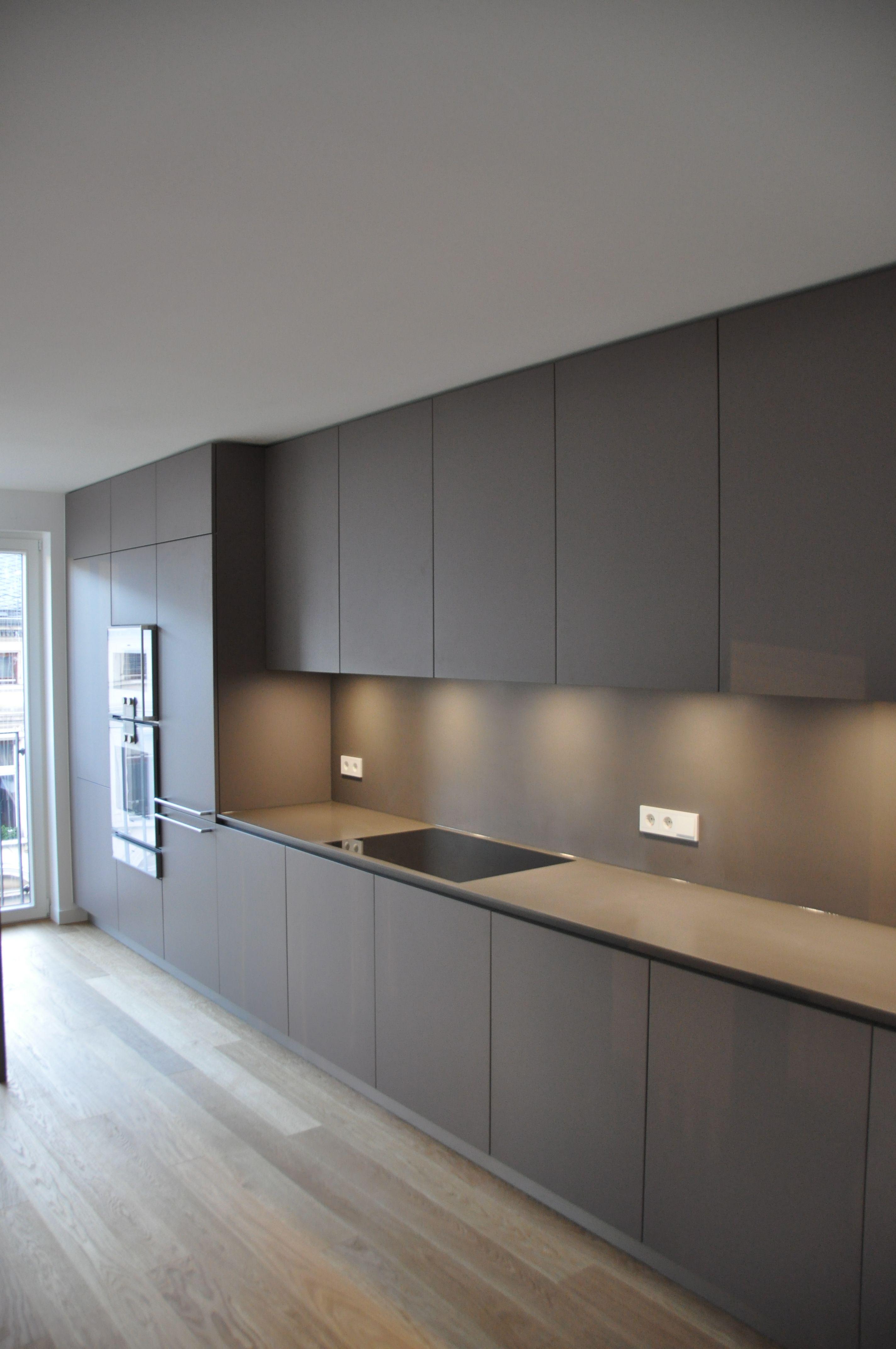 arbeitsplatte k che taupe materialkundig k che pinterest. Black Bedroom Furniture Sets. Home Design Ideas