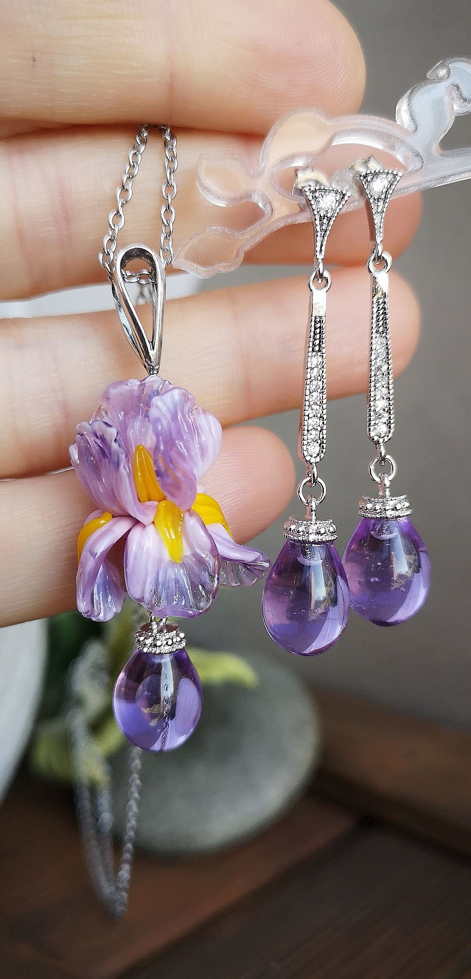 Photo of Lampwork flower Iris Beads for necklaces and earrings by JewelryBeadsByKatie 👆