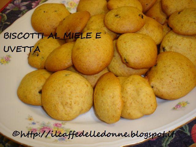http://ilcaffedelledonne.blogspot.it/2015/03/biscotti-miele-e-uvetta.htmlamelie
