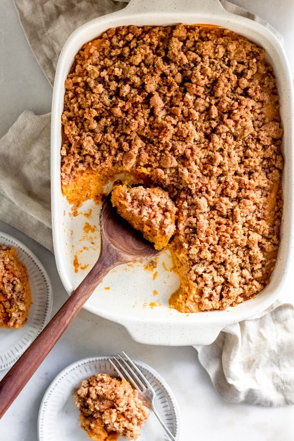 sweet potato casserole with brown sugar pecan topping - Blue Bowl