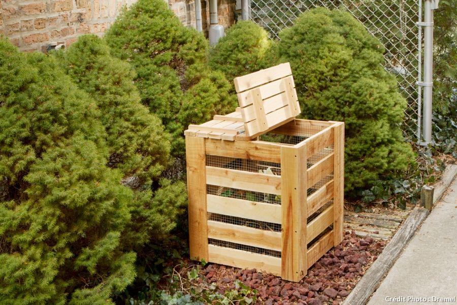 cr er un composteur en bois faire du compost d chets m nagers et composteurs. Black Bedroom Furniture Sets. Home Design Ideas