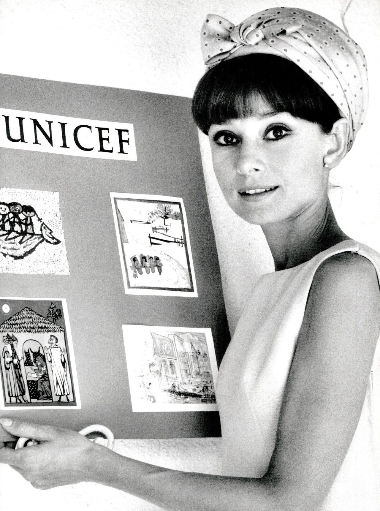 134a91f3d3a51b Audrey Hepburn at UNICEF event in Madrid, ,1964 | Audrey Hepborn in ...