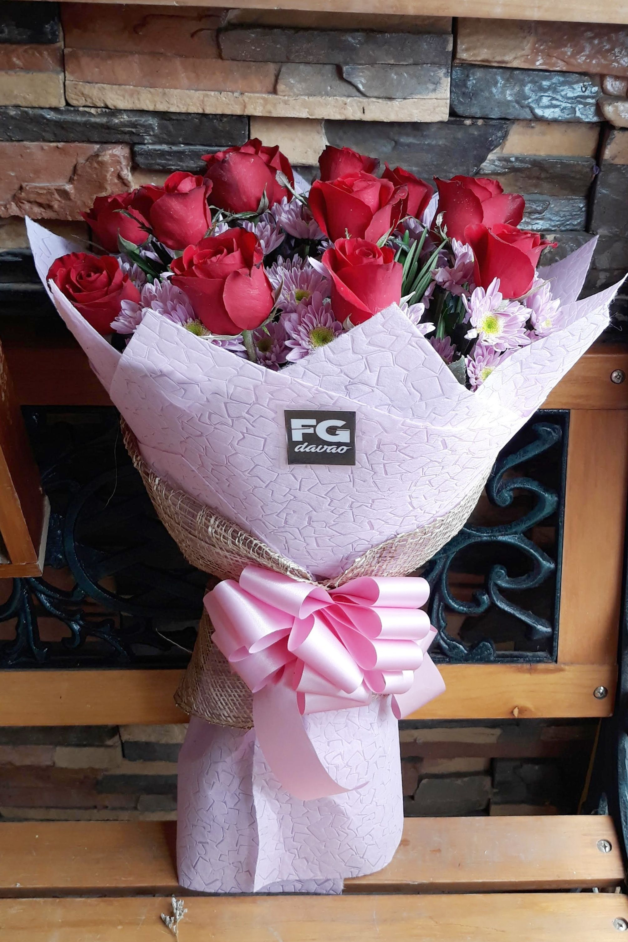 Send Some Love Www Fgdavao Com Flower Delivery In Davao City Philippines Price List Can Be Seen On Our Website Store Address 123 Lopez Buque De Flores Flores