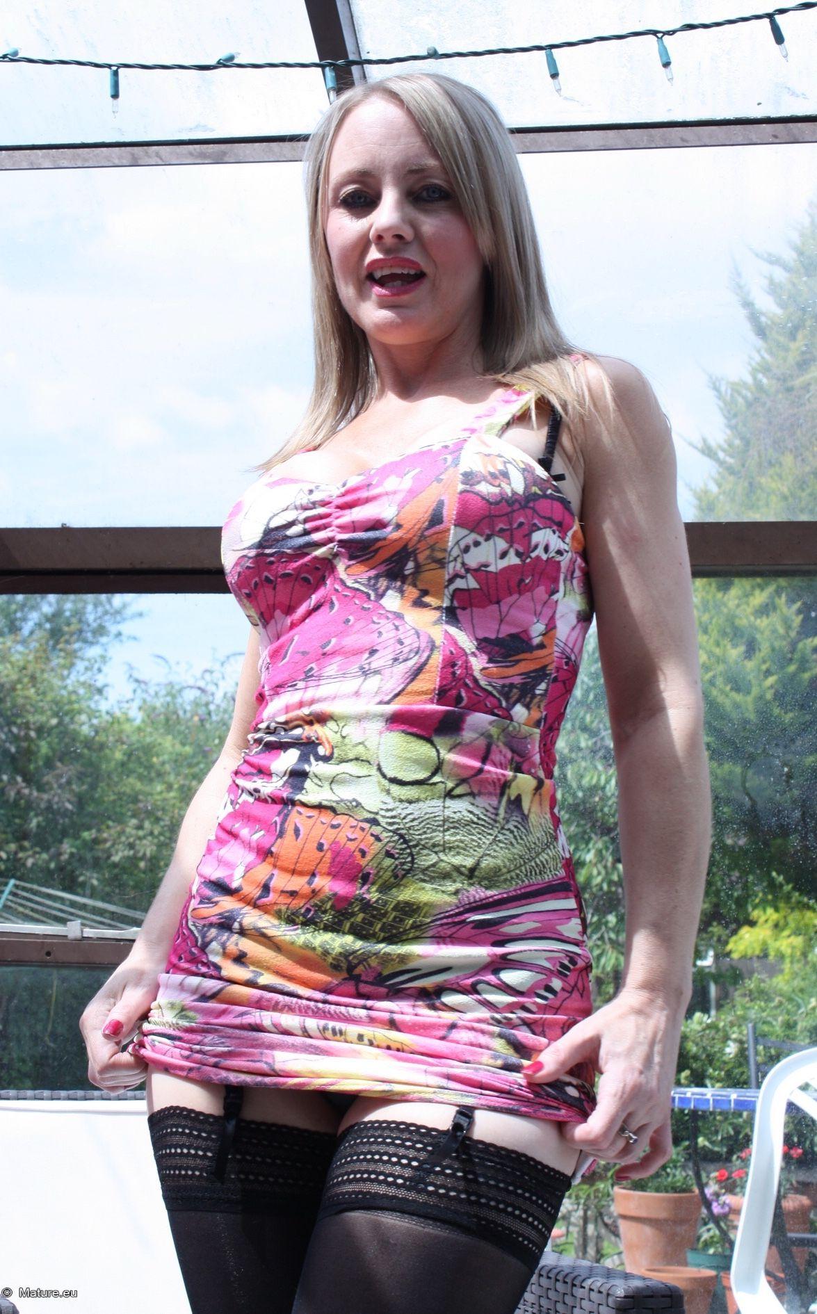 Ana Bekoa Nude Photos 20