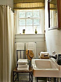 Love the panelling and rustic country feel.