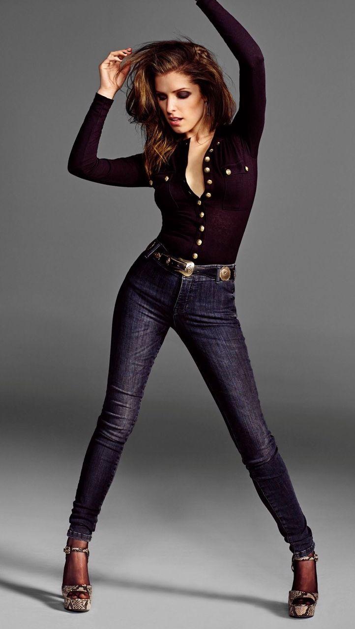 Andarilho Beautiful CelebritiesBeautiful ActressesBeautiful PeopleBeautiful WomenCasual Chic OutfitsAnna KendrickGlamour UkPitch