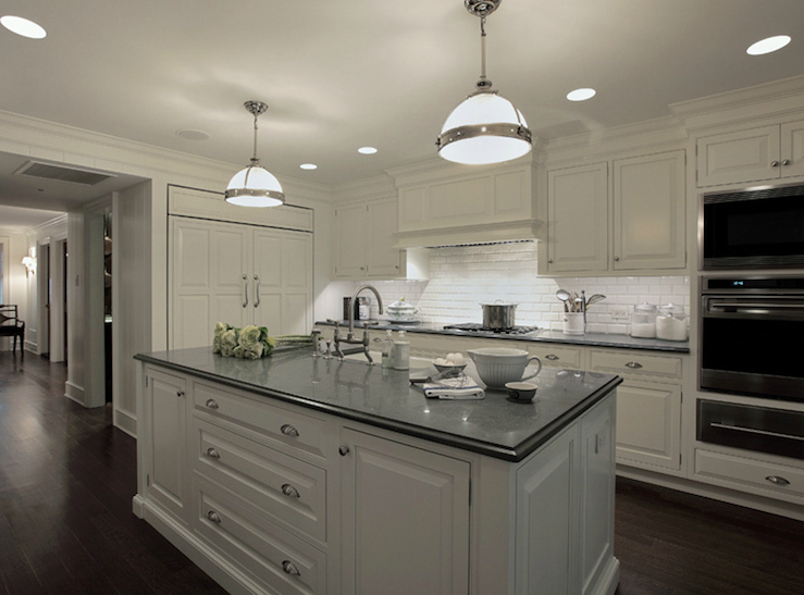 Best Carole Freehauf Beautiful White Kitchen Design With White 400 x 300