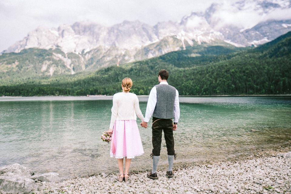 Mottohochzeit Tracht Ein Dresscode Mit Tradition Fotos Hochzeit Hochzeit Bilder Hochzeitsfoto Tracht