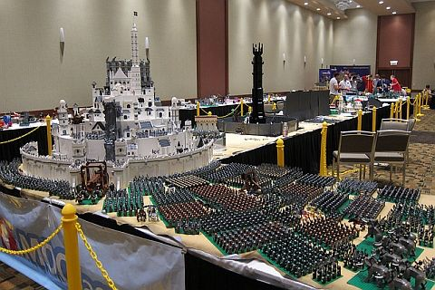 Image from http://cdn.thebrickblogger.com/wp-content/uploads/2012/09/LEGO-Lord-of-the-Rings-Minas-Tirith-by-Chris-Phipson-Mark-Kelso.jpg.