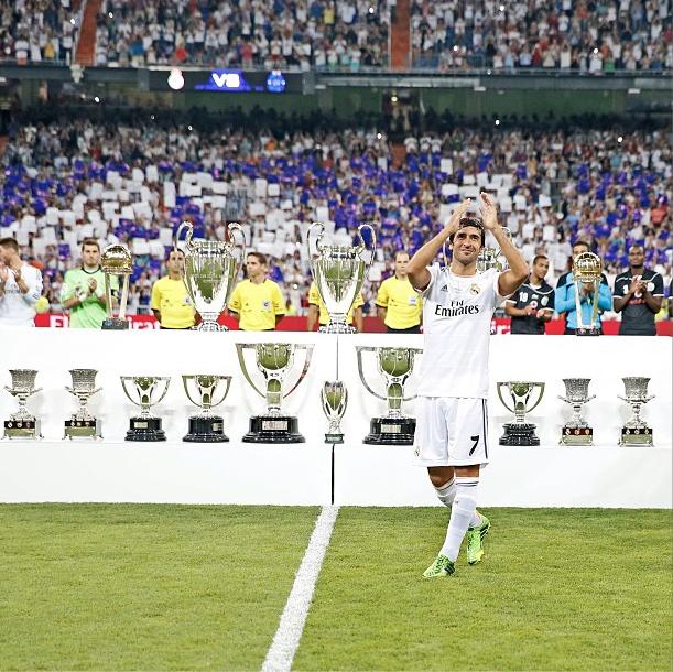 Raul S Real Madrid Career 6 La Liga Titles 3 Uefa Champions League Titles 2 Uefa Cup Titles 4 Supercopa Titles And 1 Real Madrid International Cup La Liga