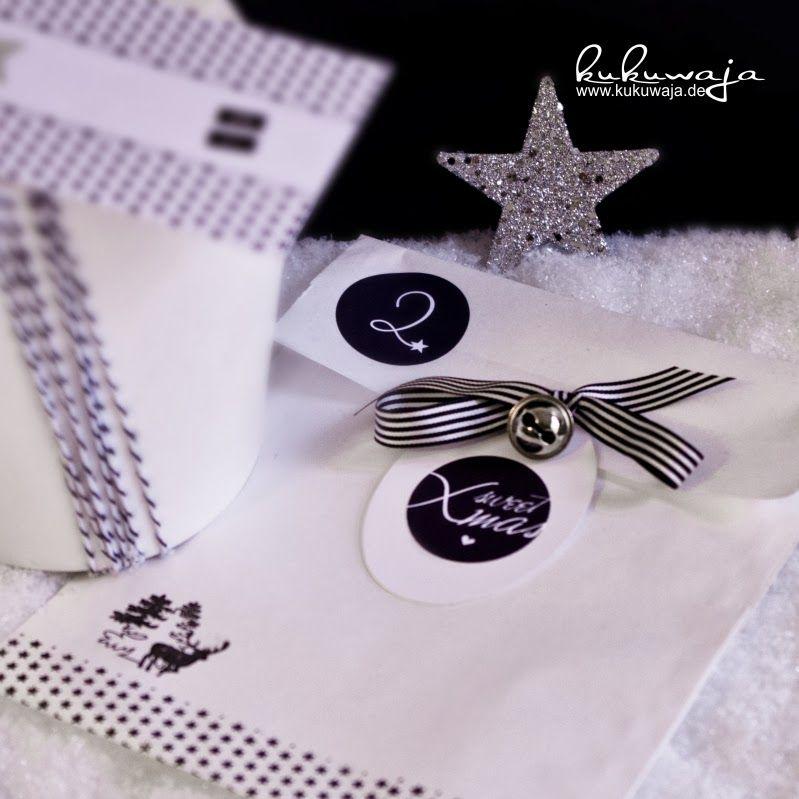 kukuwaja: Black & White Xmas Beauties