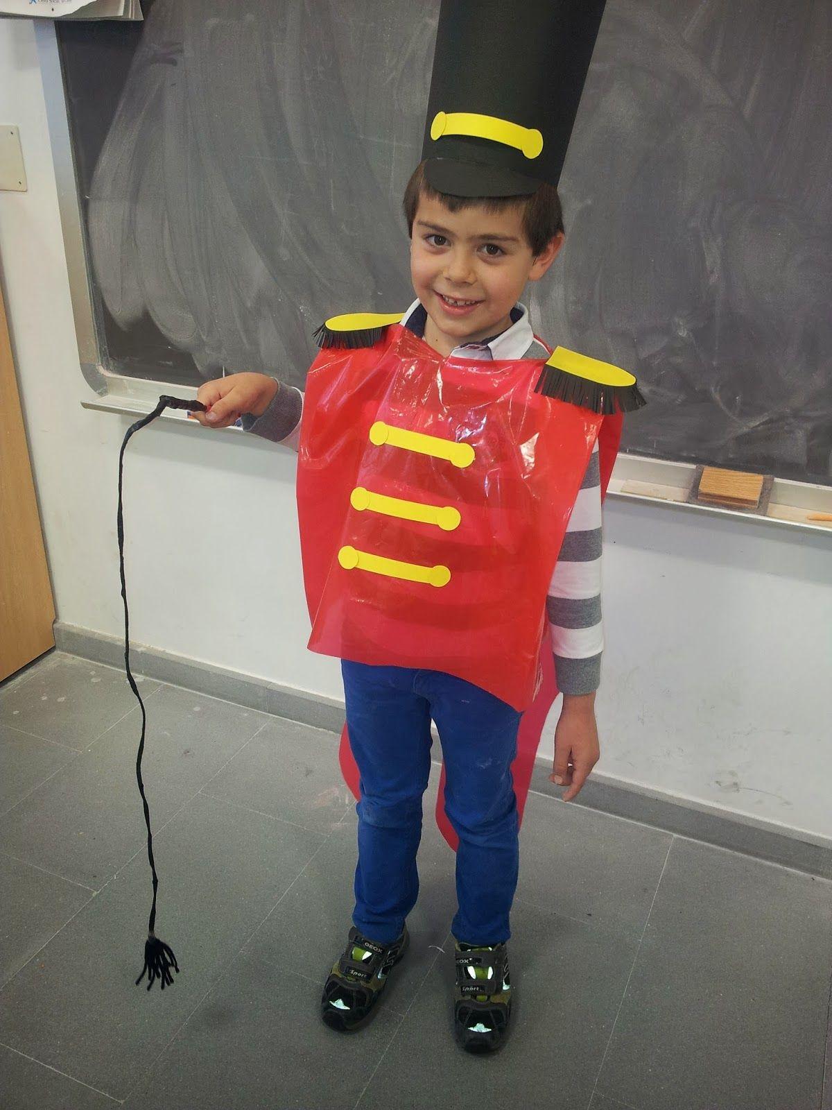 Los Terceros Del Fuentecillas Nuestro Disfraz Disfraces Reciclados Para Niñas Disfraces Originales Para Niños Disfraces Caseros Para Niños