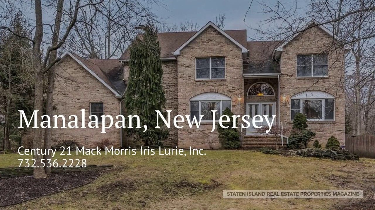 New Jersey Real Estate Homes For Sale Manalapan 709 000 Gorgeous 5 Br 3 1 2 Ba Brick Front Home On Large Corn Trendy Home Estate Homes Cool House Designs