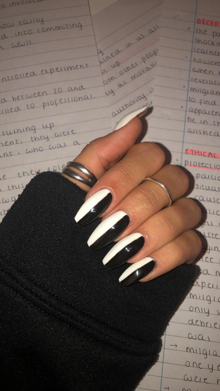 Whiteacrylicnails In 2020 Black Acrylic Nails Black Acrylic Nail Designs White Acrylic Nails