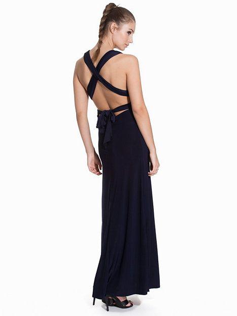 nelly klänningar 199