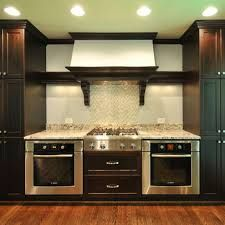 Is A Symmetric Layout For Two Ovens Better On The Eye Double Oven Kitchen Kitchen Appliance Set Kitchen Layout