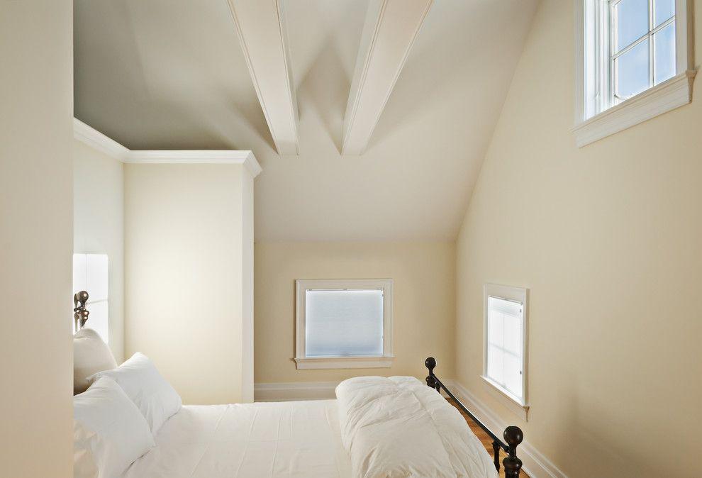 Best Benjamin Moore Woodmont Cream Best Color For Our Low 400 x 300