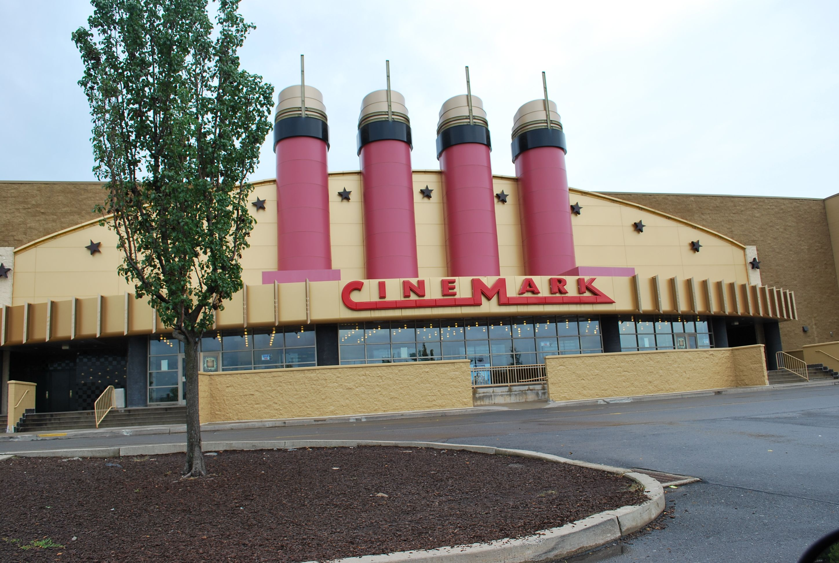 Cinemark in Moosic, PA Favorite places, Moosic, 50 states