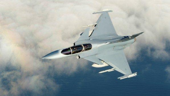 10 Pesawat Tempur Terbaik Dalam Pertempuran Jarak Jauh Jakartagreater Pesawat Udara Jet Tempur Pesawat
