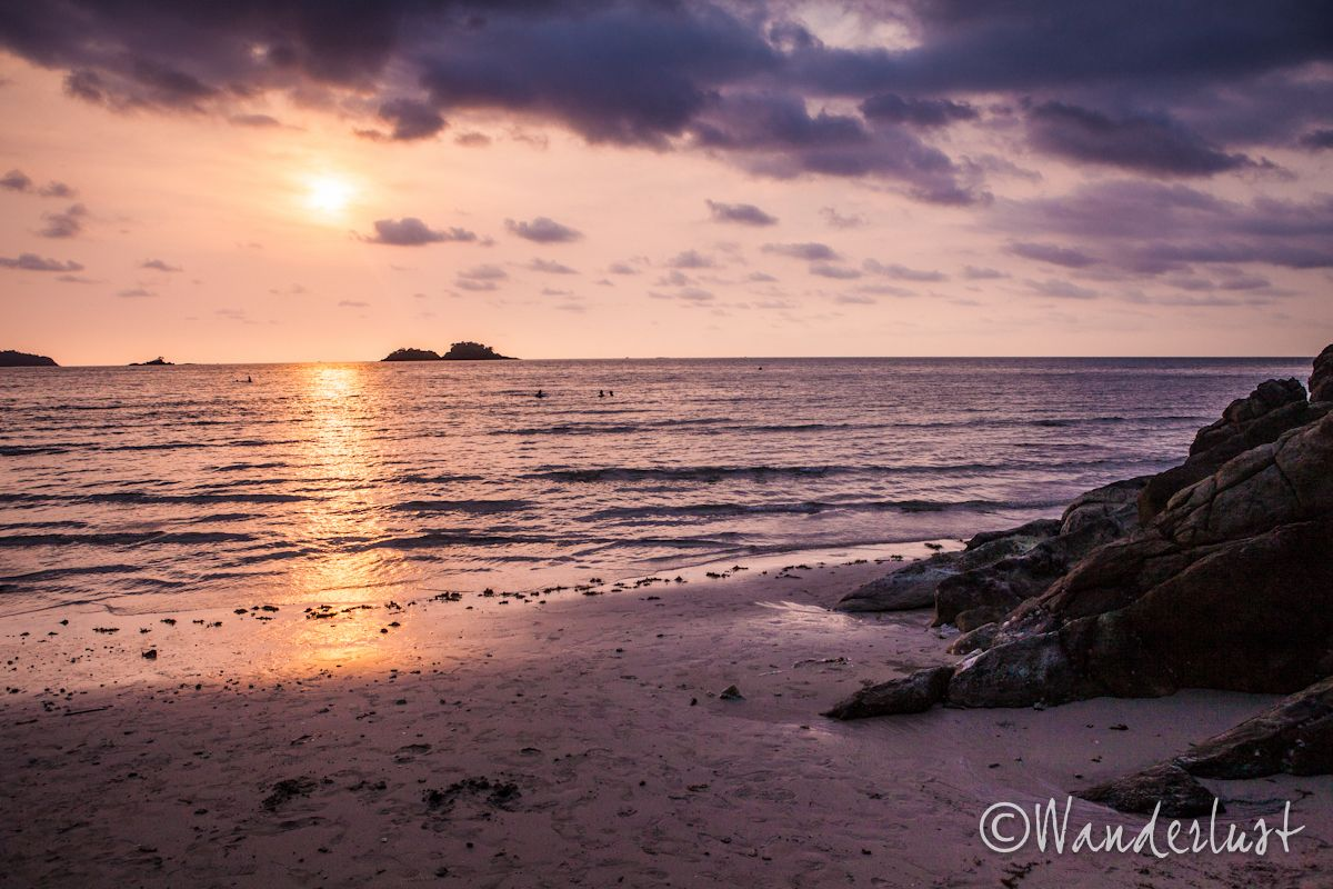 Wonderful sunset shot. Check out Becky's other great pictures on her website http://www.thewanderingphotographer.com/