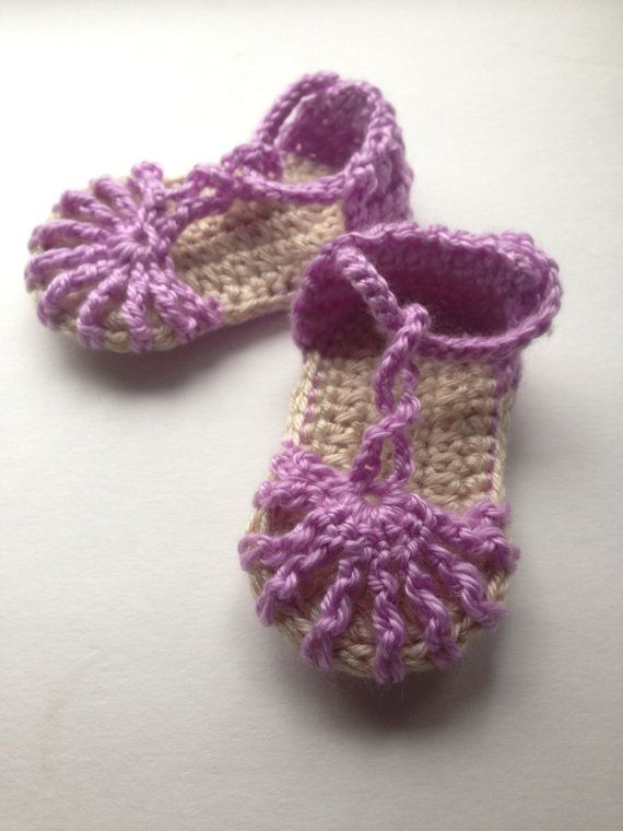 Simply sweet Summer sandals for baby on Etsy,crochet baby booties
