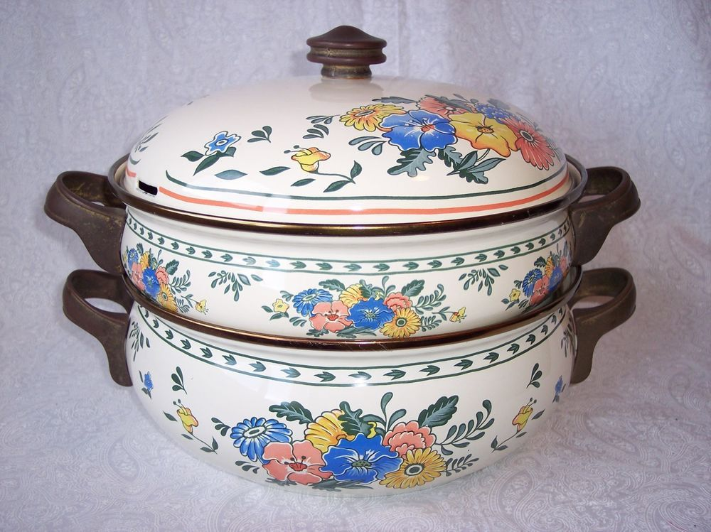 M. Kamenstein 2 1/2 and 4 Quart Enamelware Pans Set with Lid 1982 Taiwan Flowers