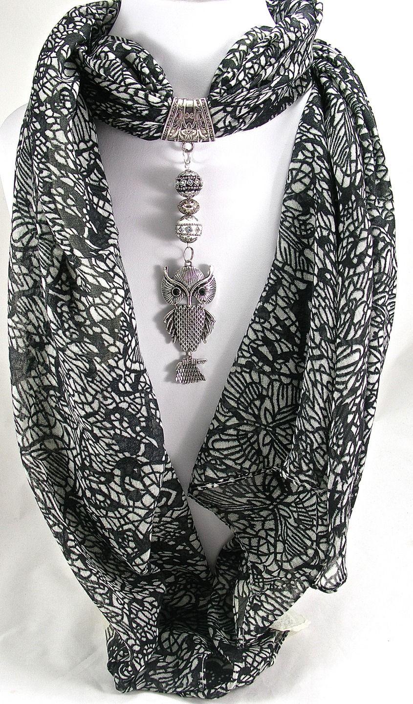 Bijou de foulard sur bélière avec son foulard, chouette en métal argenté,  perles indonésiennes et métal argenté   Echarpe, foulard, cravate par ... 9c5e03dc615