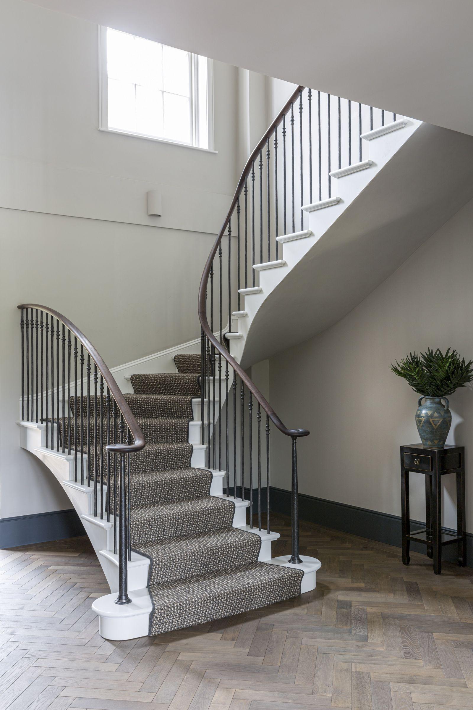 Georgian Staircase in 2020   Staircase design, Staircase ...