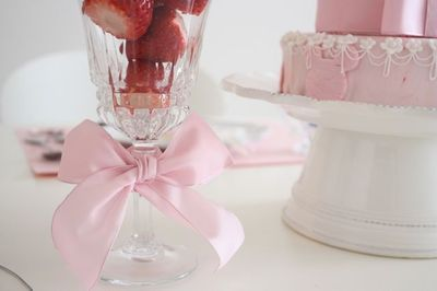 table coordination in pink