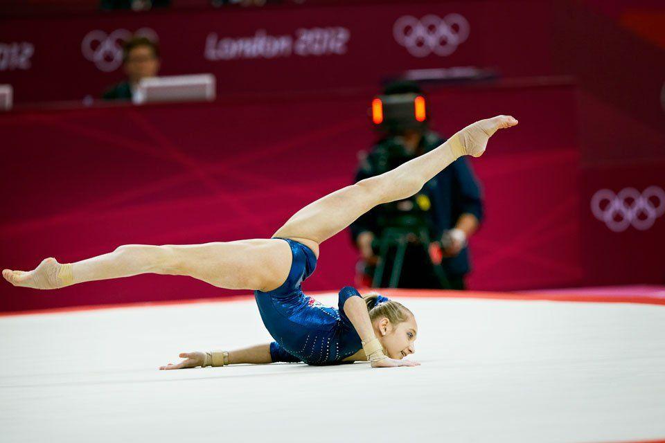 Viktoria Komova | Gymnastics, World championship, Nastia