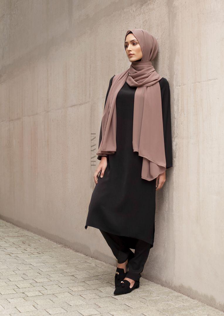INAYAH | Simple classics - Black Crepe Midi Dress + Black ...