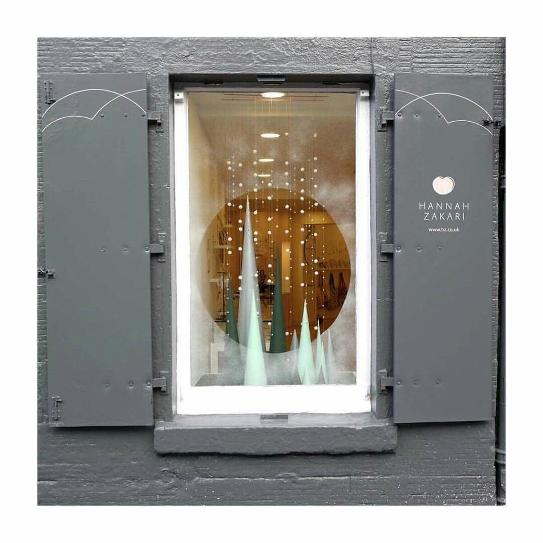 Pin by dora k on shop windows design pinterest window for Pop window design