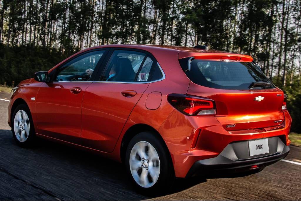 Novo Chevrolet Onix 4 Coisas Mais Legais E 4 Em Que Ele Perde