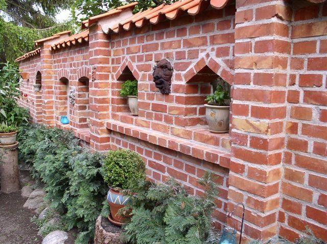Gartenmauern und Zaunsockel – Röben Tonbaustoffe GmbH