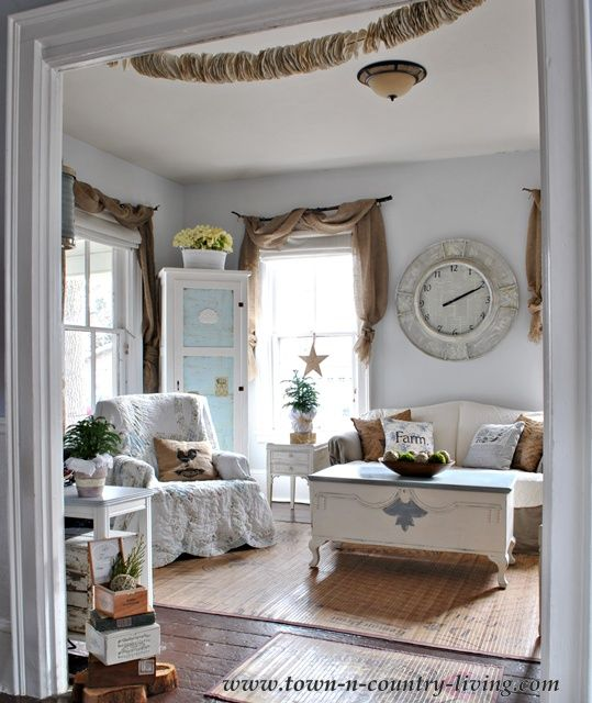 Captivating Gorgeous, Relaxed And Inviting Farm House Décor! Cottage Style Farmhouse  Family Room Via Town Photo
