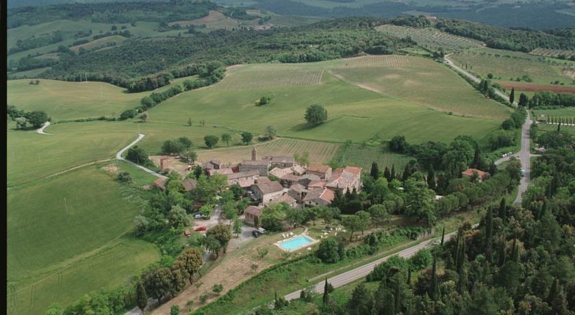 Rustic Organic Agriturismo near San Gimignano, Tuscany