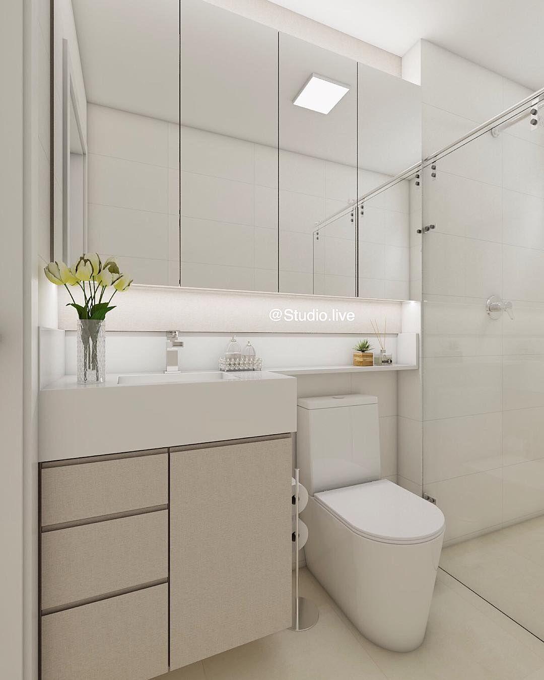 Banho Do Casal Seguindo A Mesma Linha Clean De Todo O