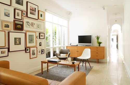 Carefully done, this room works in spite of its 'bowling alley' proportions