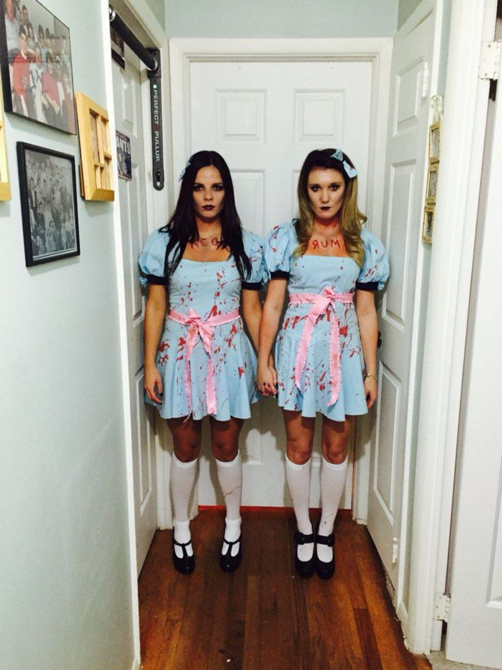 Quatang Gallery- 20 Halloween Ideas For You And Your Best Friend Halloween Costumes Friends Horror Halloween Costumes Duo Halloween Costumes
