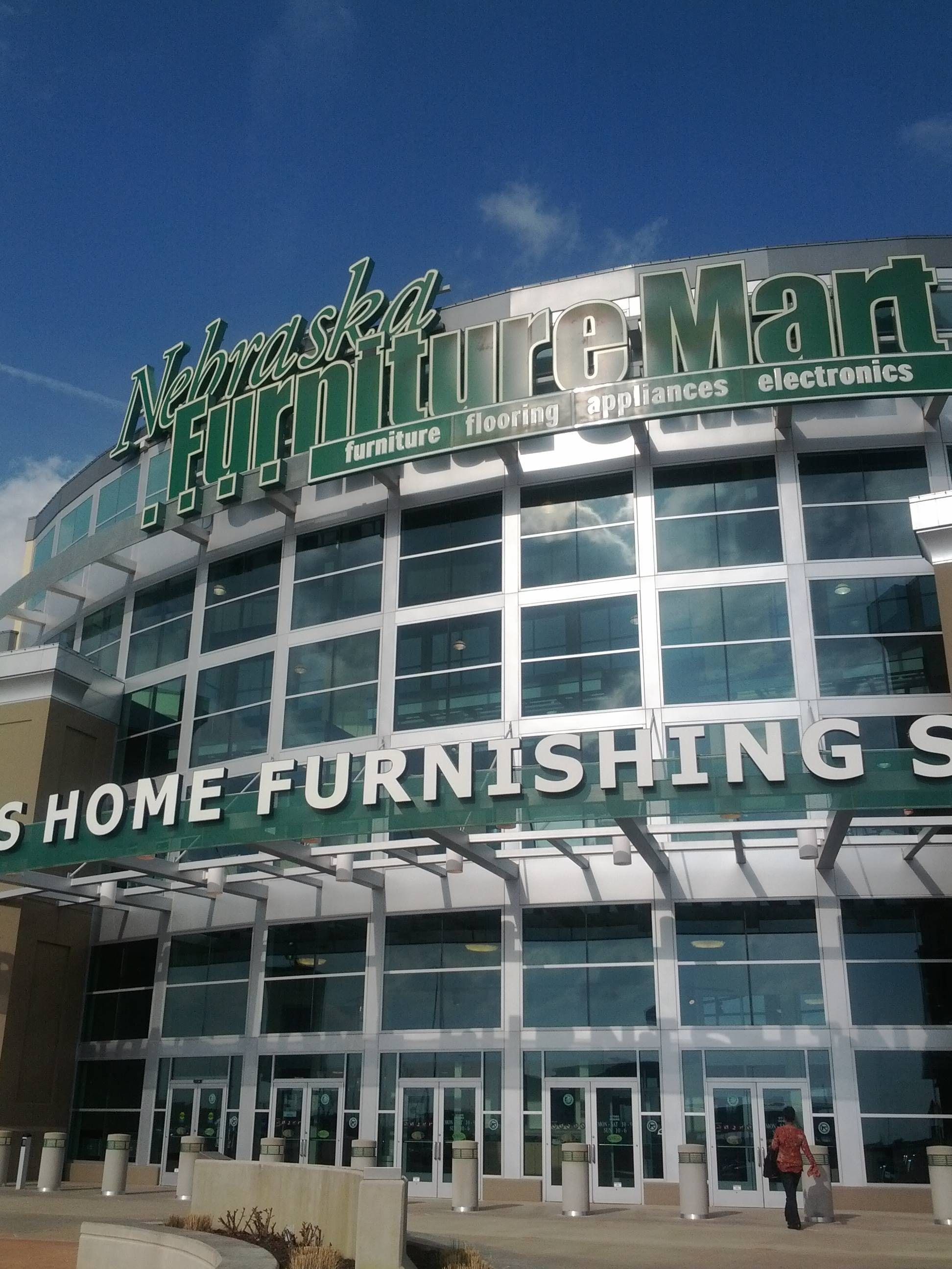 Nebraska Furniture Mart! Huge Nice Furniture Store At Legends Mall In  Kansas City.